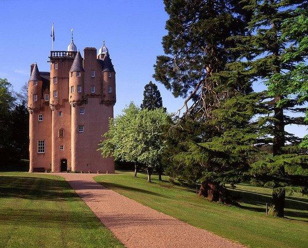 Craigievar Castle -…