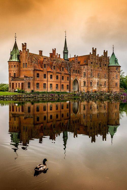 Slot Egeskov - Dene…