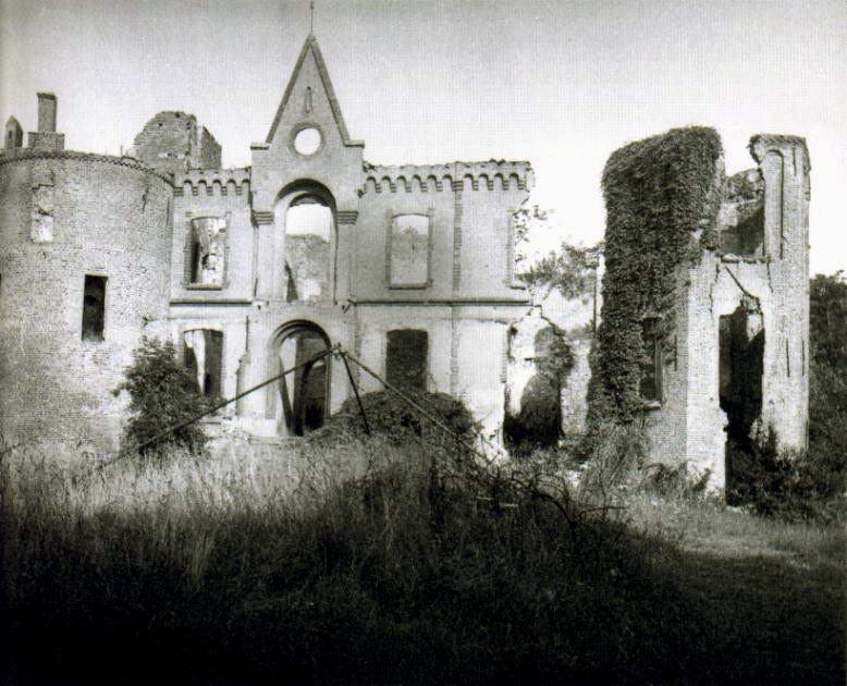 Koningin Beatrix opent kasteel in Nederhemert   Kastelen  u0026 Vestingsteden