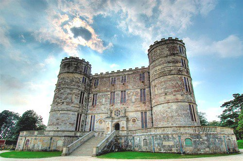 Lulworth Castle.jpg